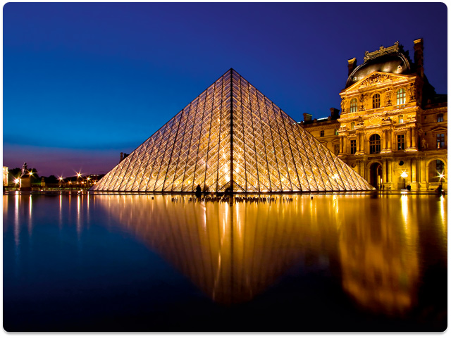 Service and Support - Louvre at night